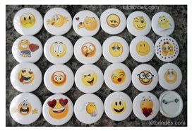 Kit 23 Bottons Emoticons